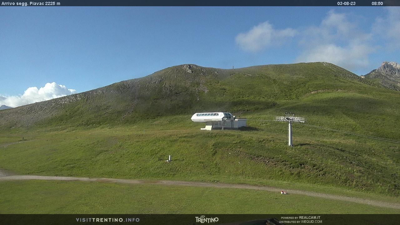 Webcam Moena - Lusia - Höhenlage: 2.225 mPosition: Le Cune Aussichtspunkt: statische Webcam. Ankunft des Sesselliftes