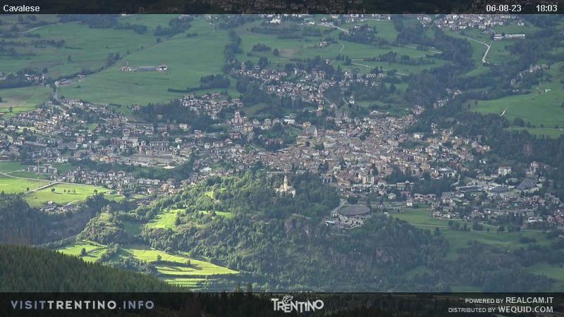 Webcam su Cavalese da Alpe Cermis