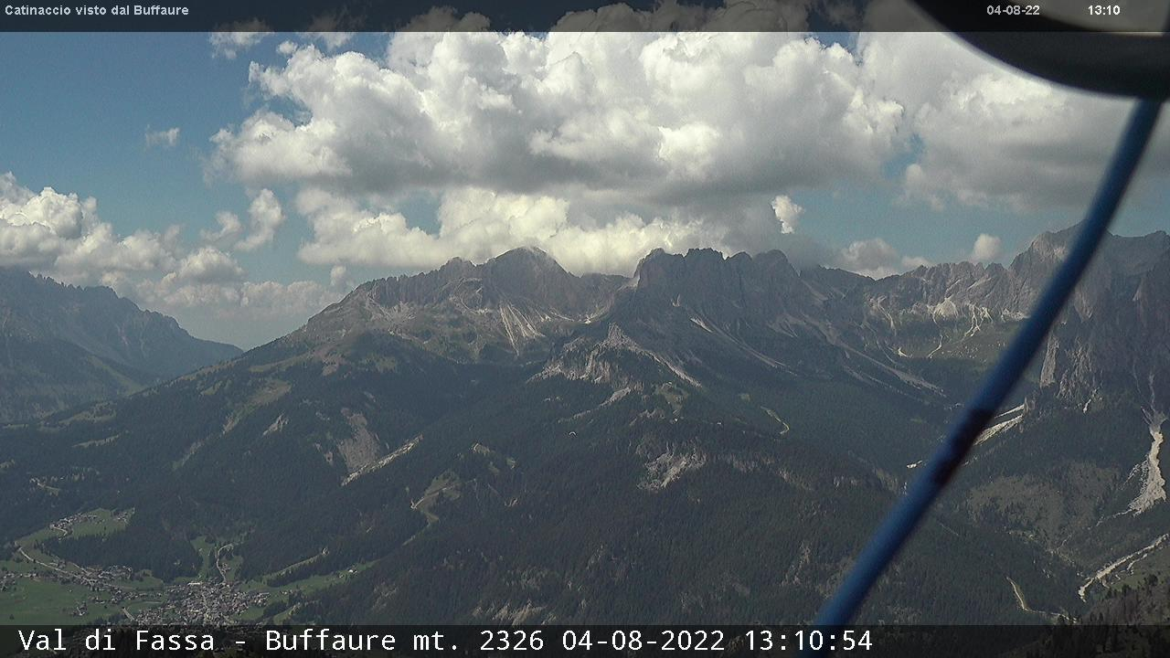 Webcam Pozza di Fassa - Buffaure - Catinaccio - Altitude: 2,354 metresArea: Col de Valvacin Panoramic viewpoint: static webcam. View over Catinaccio, Gardeccia and the Vajolet valley.